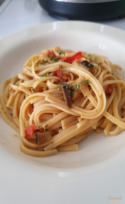 spaghetti aux aubergines et tomates